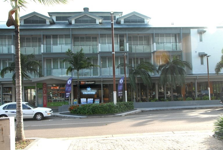 Heart Hotel Airlie Beach