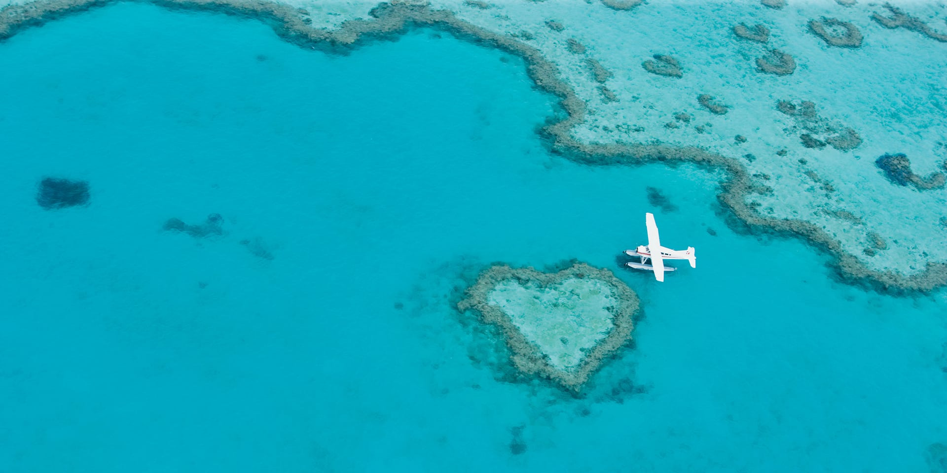 air whitsunday heart reef