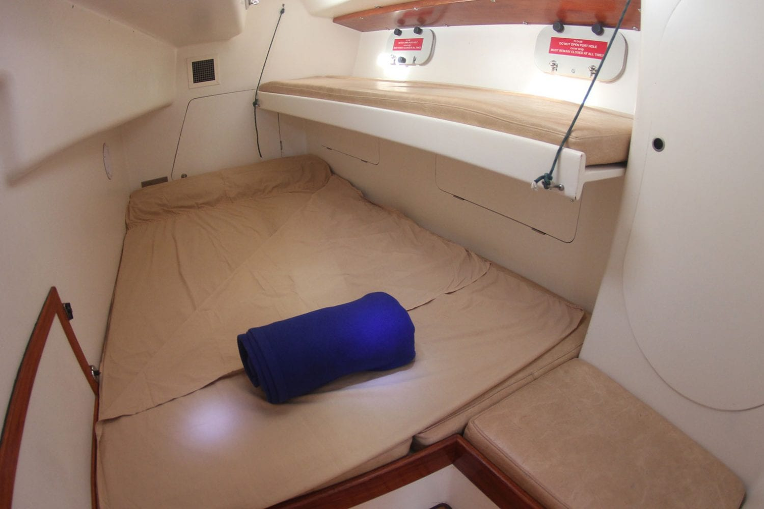 Eureka---Interior-Aft-Double-Cabin---Airlie-Beach-Tourism