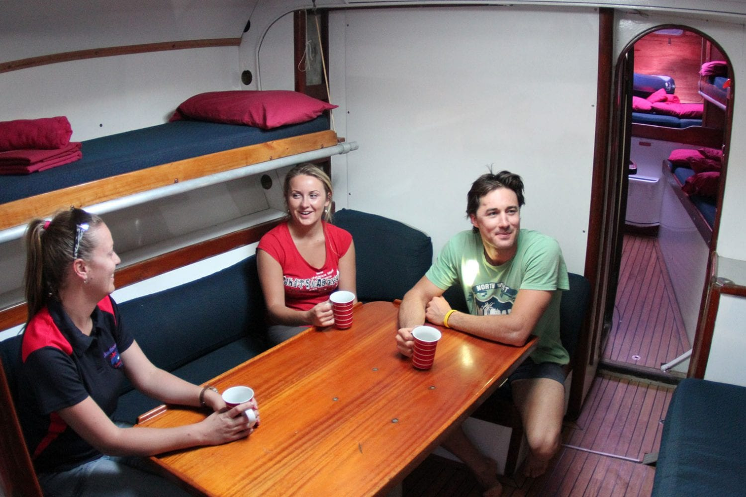 Southern-Cross---Interior-Saloon---Airlie-Beach-Tourism